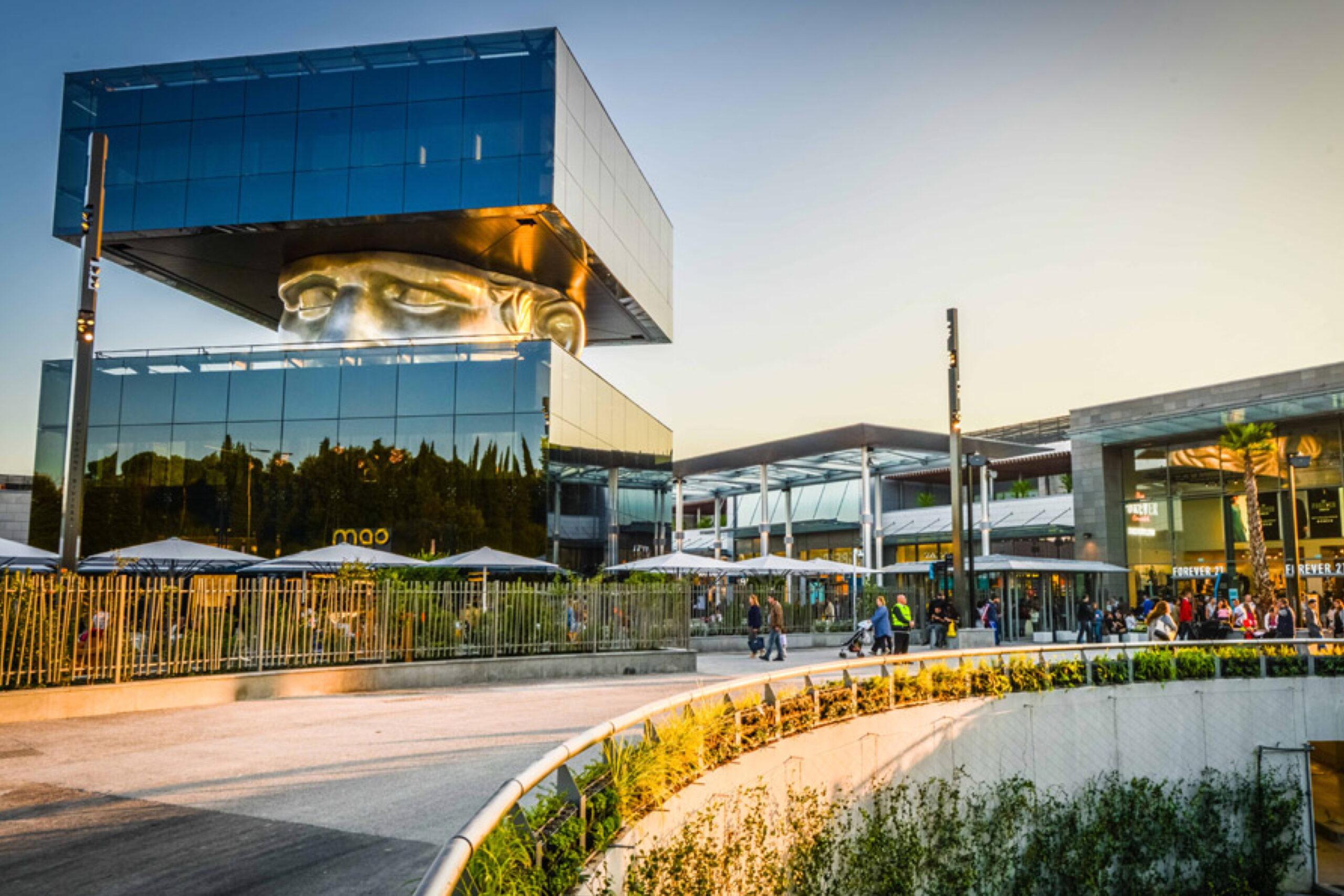 Le centre commercial Polygone Riviera à Cagnes-Sur-Mer